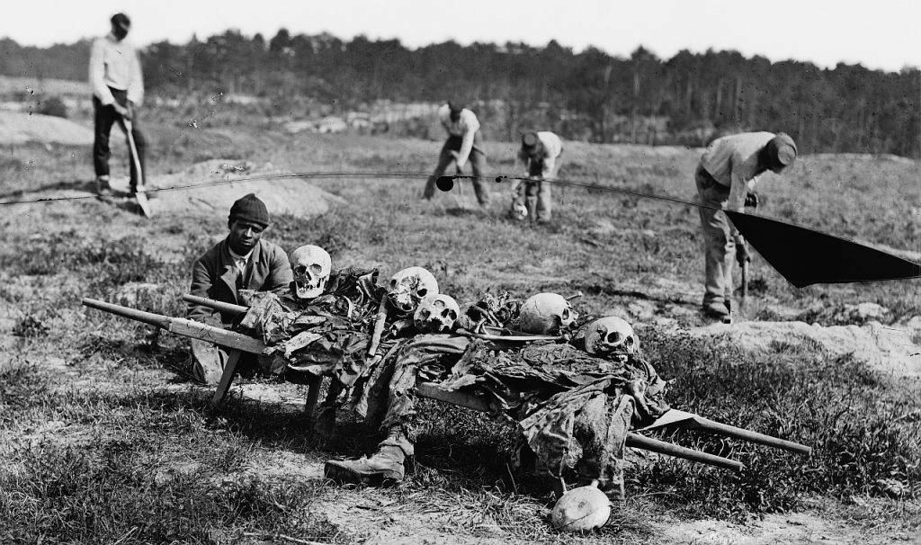 Collecting the dead at Cold Harbor